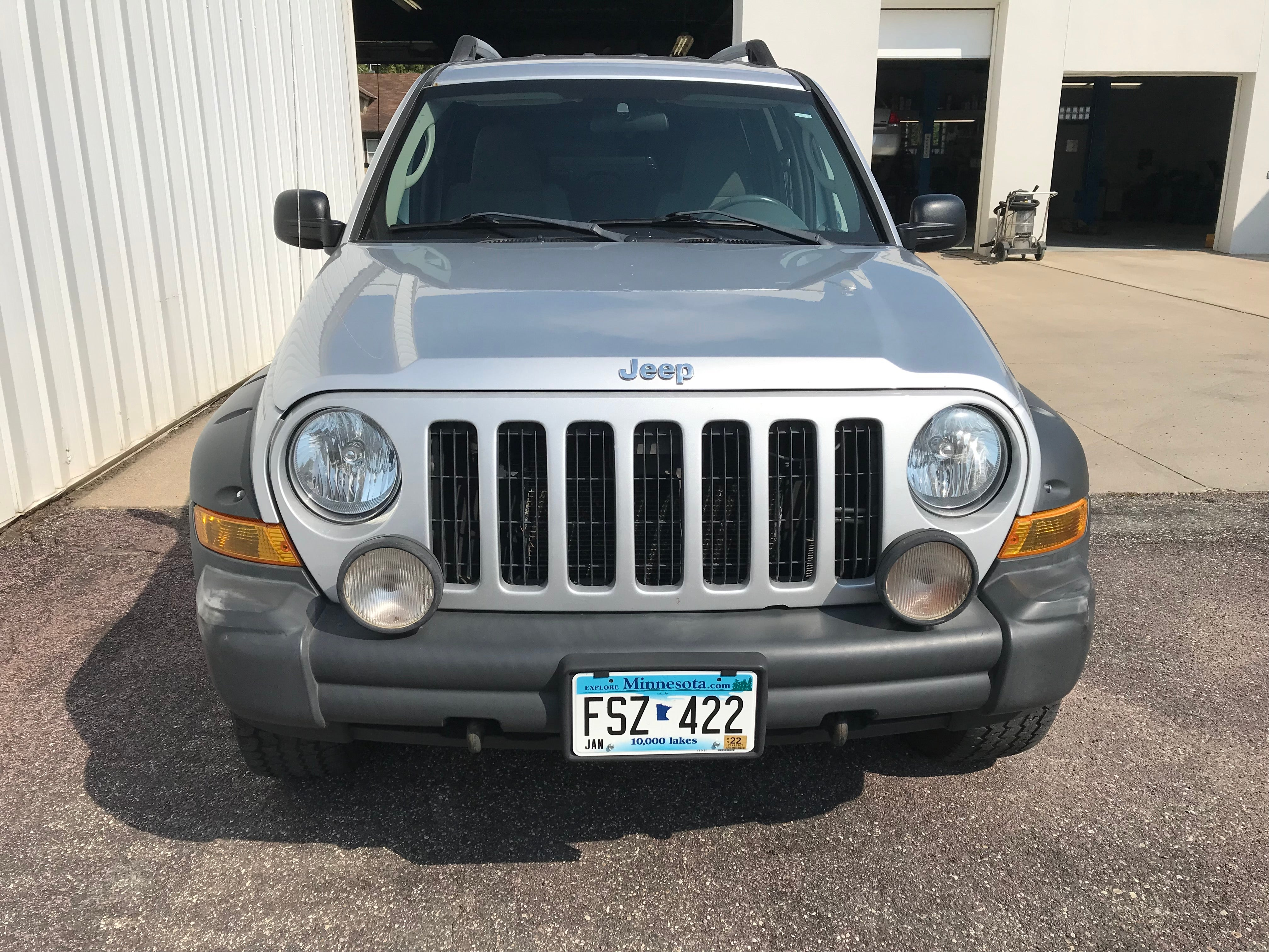 Used 2006 Jeep Liberty Renegade with VIN 1J4GL38K86W194600 for sale in Arlington, Minnesota